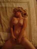 Touche pipi de blonde